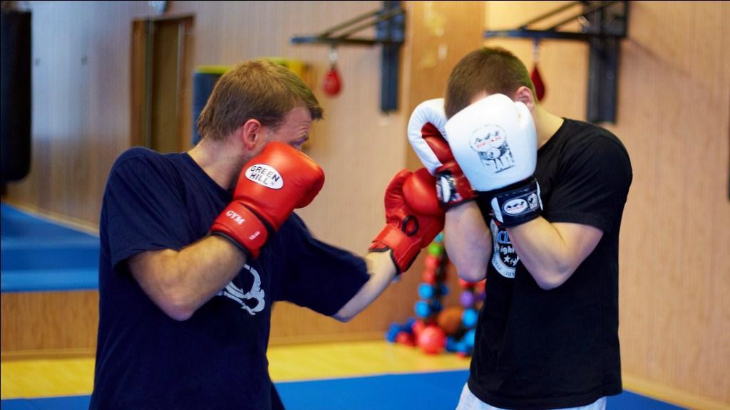 Индивидуальные тренировки в бойцовском клубе 18